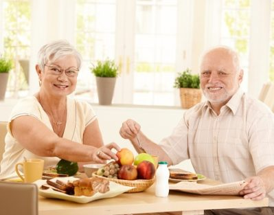 How to Motivate Your Senior Parent to Eat Healthier in Clarksville, TN